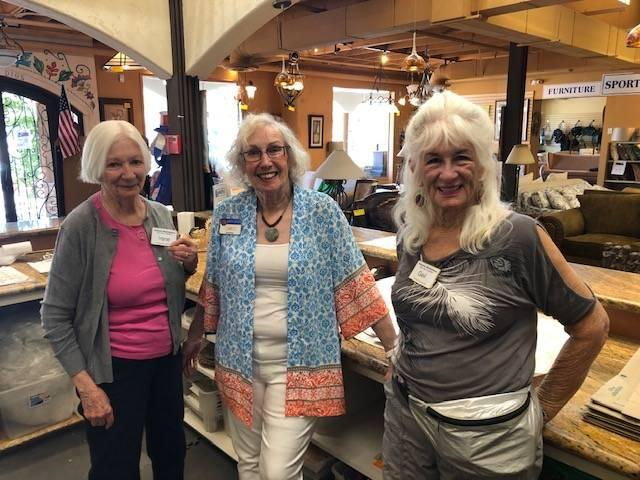Kiwanis Marketplace volunteers