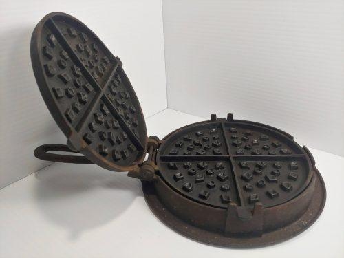 Abbott & Lawrence Philadelphia Waffle Iron Size 7