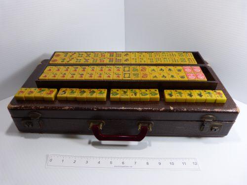 Vintage Bakelite Mah Jong Set 144 Tiles & 5 Racks + Extra Tiles