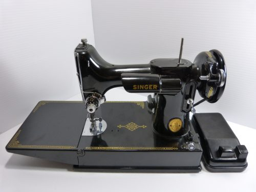 Singer Featherweight 221 1945 Sewing Machine, Controller & Case