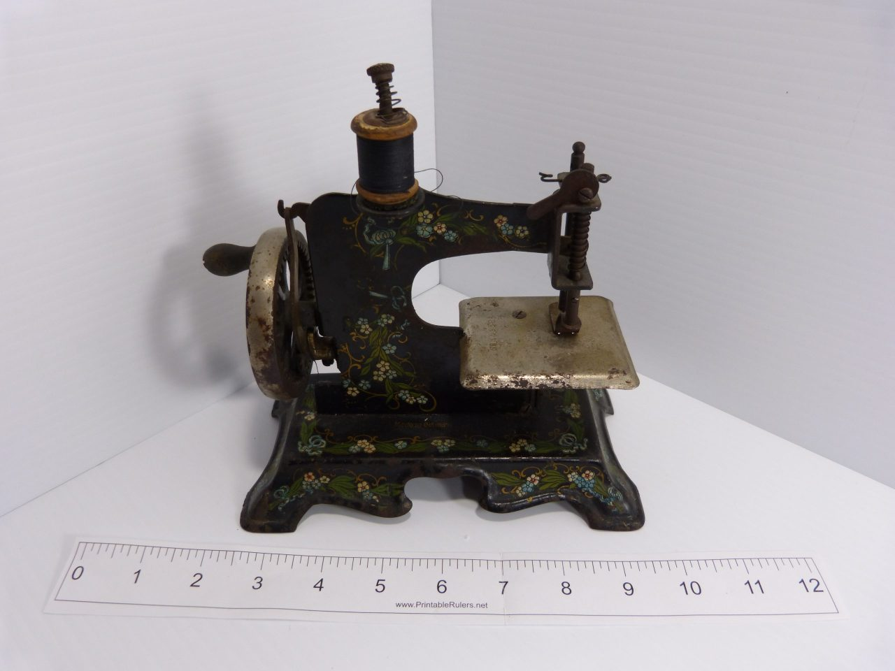 Lindstrom Little Miss + 2 Unbranded Antique Toy Sewing Machines