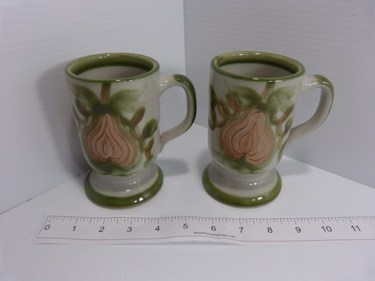 2 Louisville Stoneware Harvest Mugs