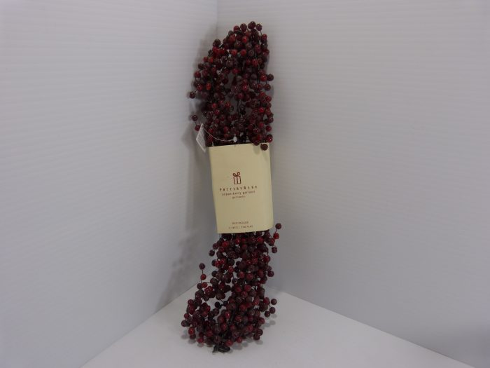 Pottery Barn Red Pepperberry Garland 5'