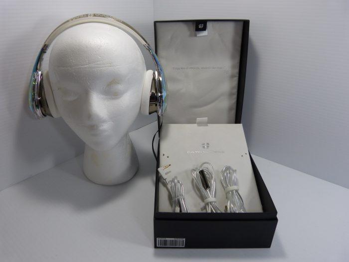 Monster Diamond Tears White Headphones