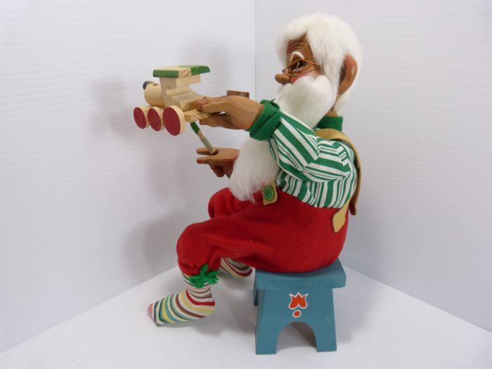 Joseph Irene Toth Wooden Carved Santa #381 1990