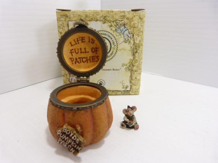 Boyds Collection Jacks Prize Pumpkin Inc. Nutmeg McNibble NIB