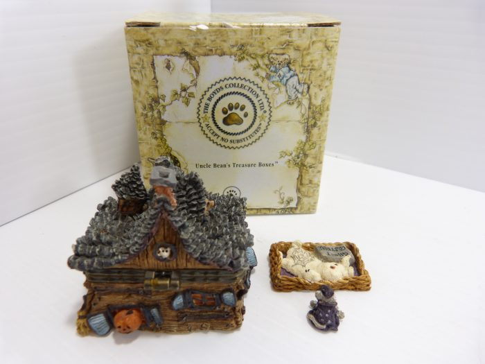 Boyds Collection Boris' Haunted House Inc Wiz McNible NIB