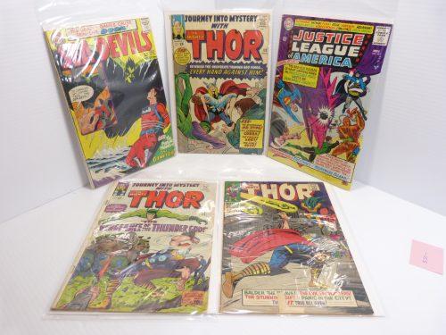 Vintage Comics Mixed Lot - JLA #40 - Thor #115, #110, #143 - Sea Devils #26